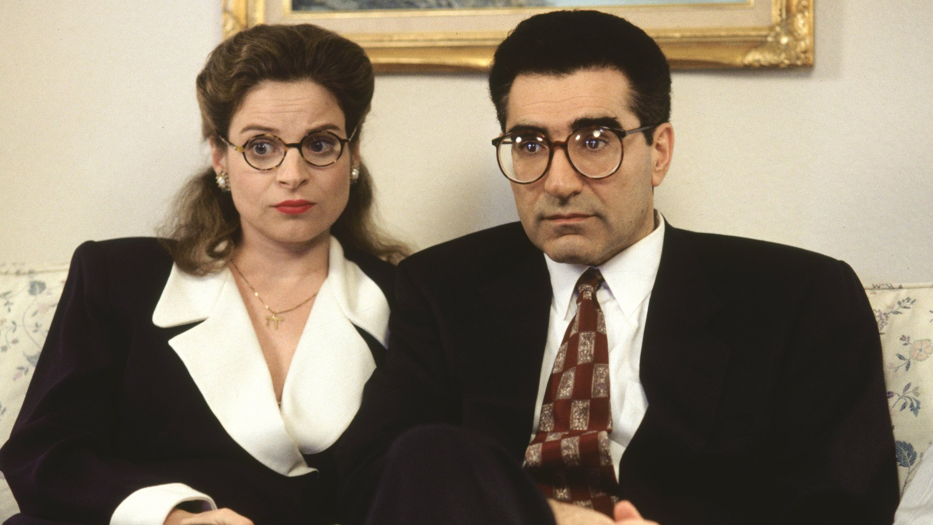 Linda Kash (left) and Eugene Levy (right) in Waiting for Guffman (1996).