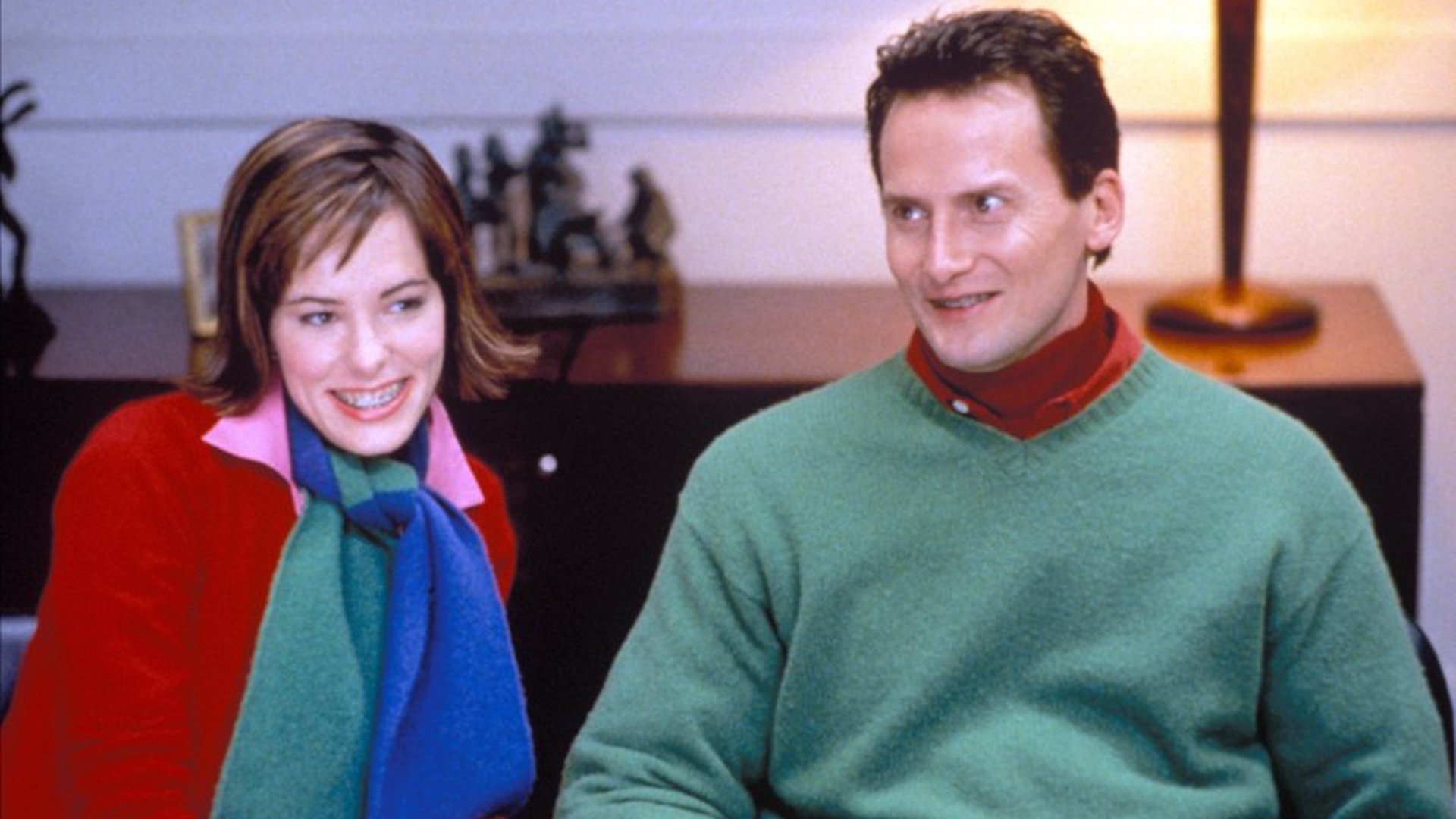 Parker Posey (right) and Michael Hitchcock (left) in Best in Show (2000).