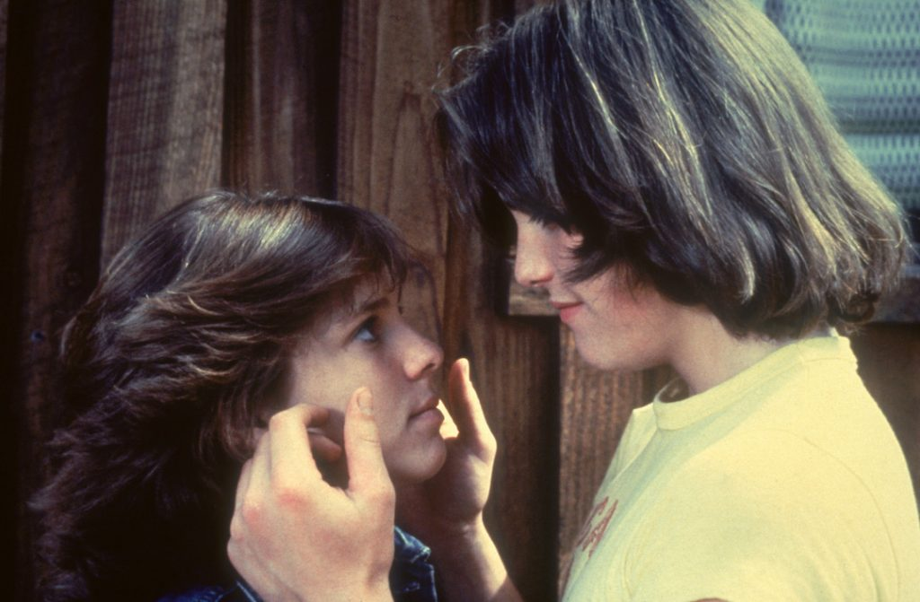 Kristy McNichol and Matt Dillon share a tender moment in Little Darlings