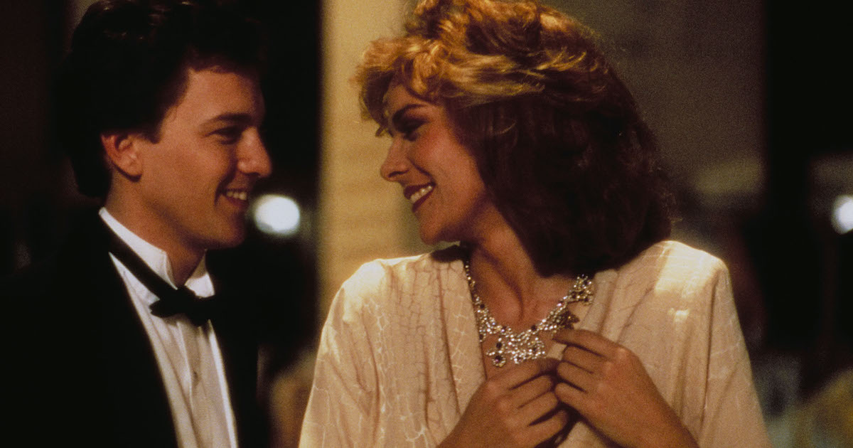 Kim Cattrall and Andrew McCarthy wear formal evening wear in Mannequin (1987)