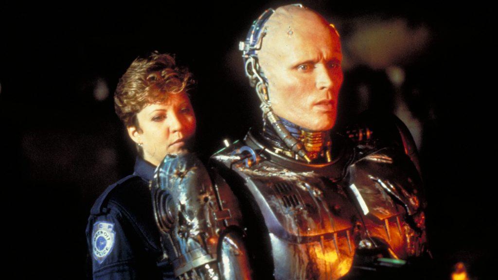 Robocop (Peter Weller) and his partner Nancy Allen in Robocop